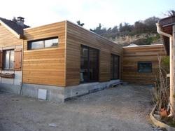 extension ossature bois avec bardage mélèze