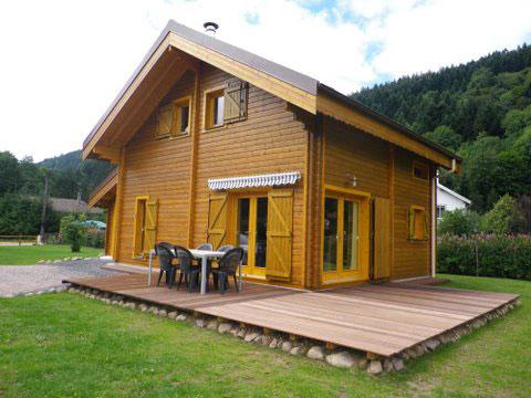 prix maison madrier good il faudra percez des trous dans With good maison en rondin prix 7 chalet habitable en kit de 108m178 en bois en kit