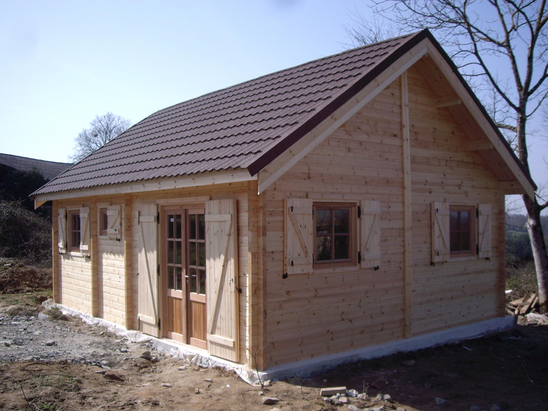 construction chalet de loisir chalets en bois habitable destombes. Black Bedroom Furniture Sets. Home Design Ideas