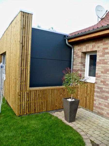 extension en bois ajoure et Trespa