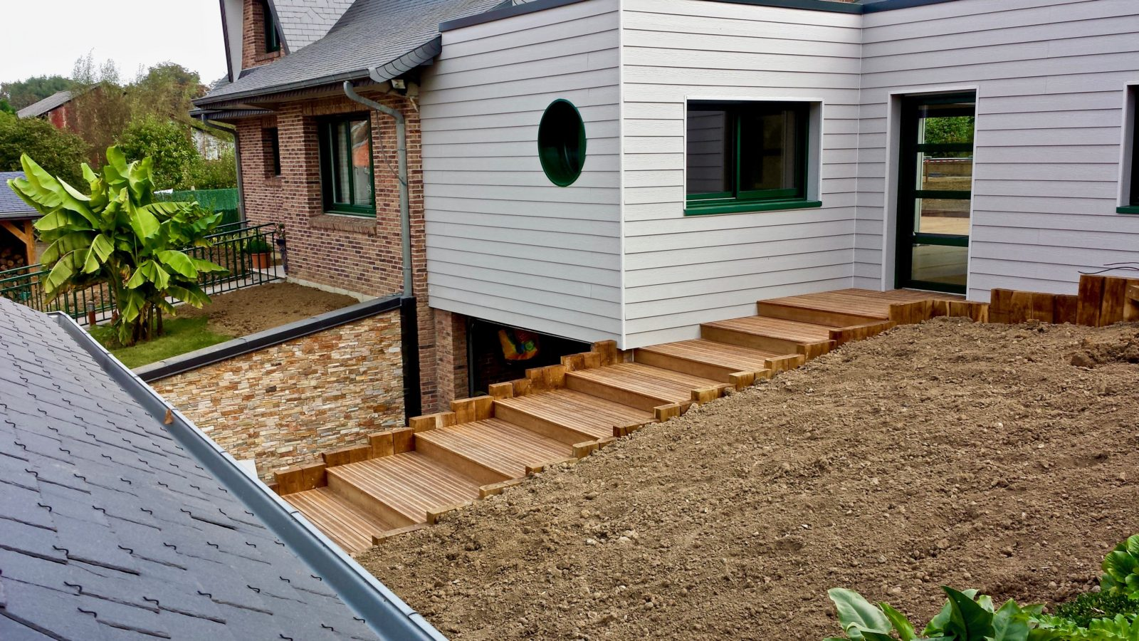 extension en composite sureleveesur maison traditionnelle 4