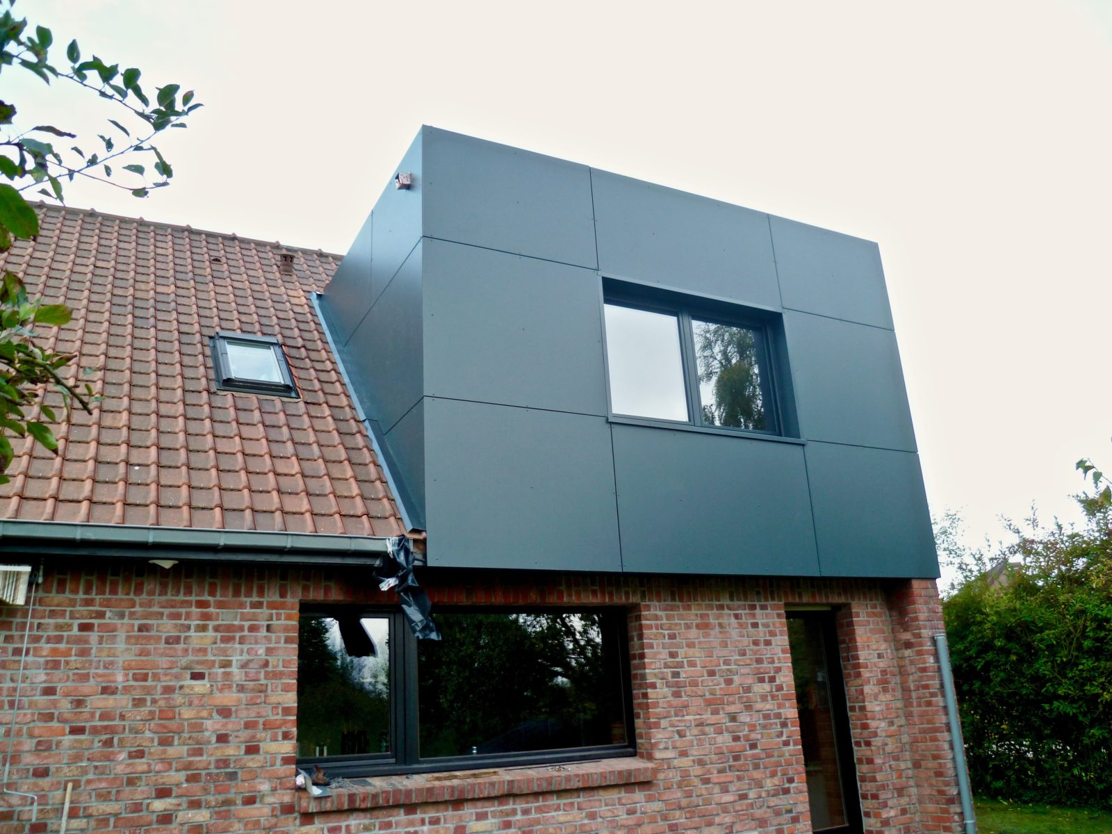 extension moderne d-etage en Trespa 5