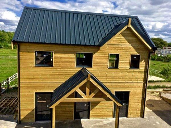 chalet maison bois avec porche