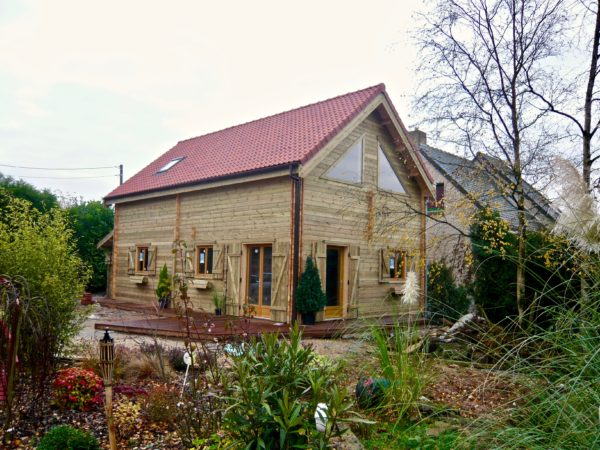 maison en madrier moderne
