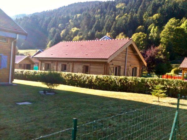 maison en madrier montagnarde traditionnelle