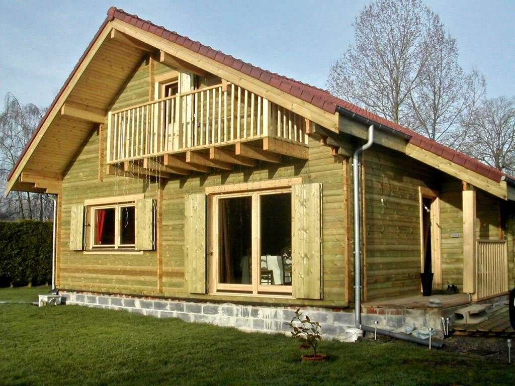 Maison madrier style chalet de montagne