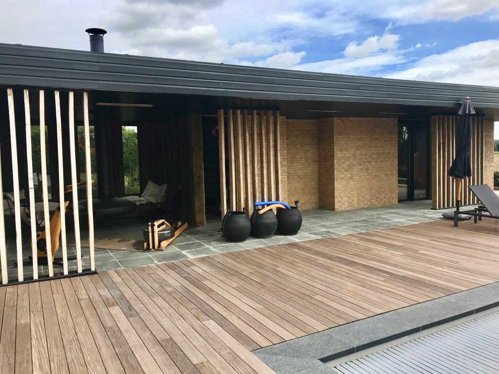 Pool-house + chambre d'amis en ossature bois