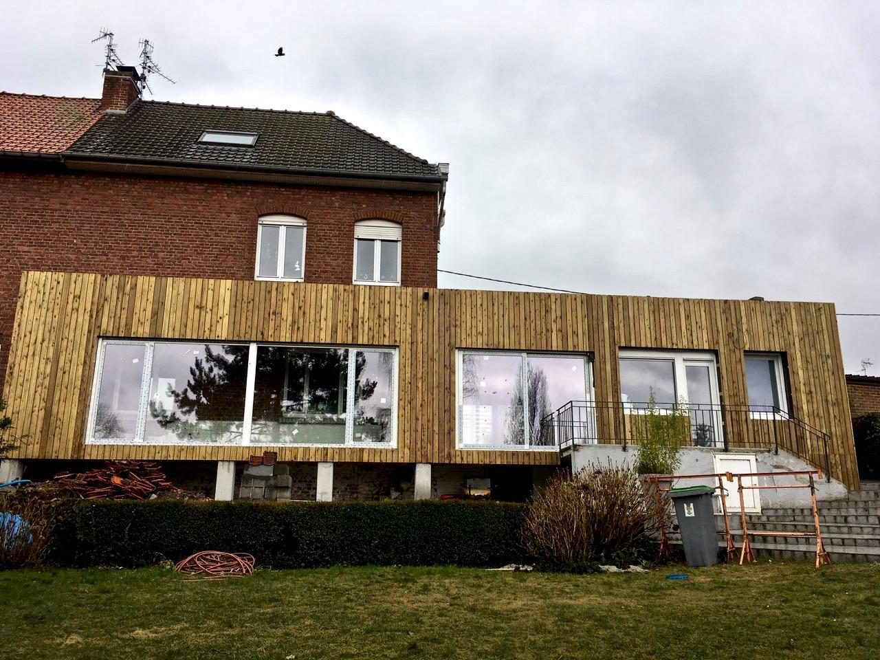 Extension en bois surélevée